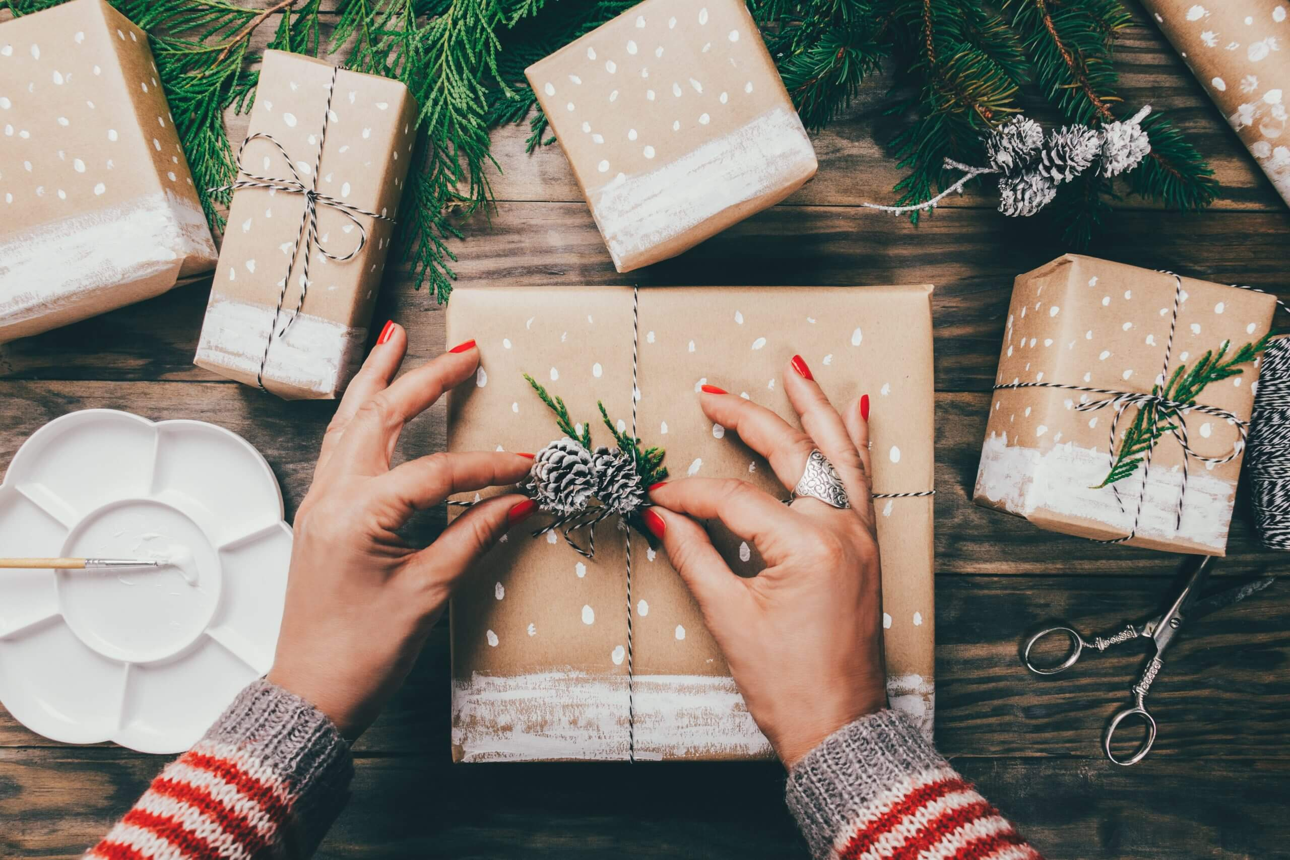 10 Ways you can Save Money and the Environment this Xmas!