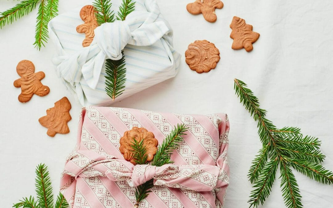 5 Easy Eco Gift Wrapping Ideas!!